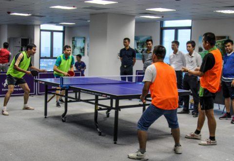 Trận thi đấu thứ nhất diễn ra với tỷ số bám đuổi của 2 cặp tay vợt: Trần như Trung – Trần Lê Trung và Nguyễn Minh Sỹ - Nguyễn Hoàng Phương